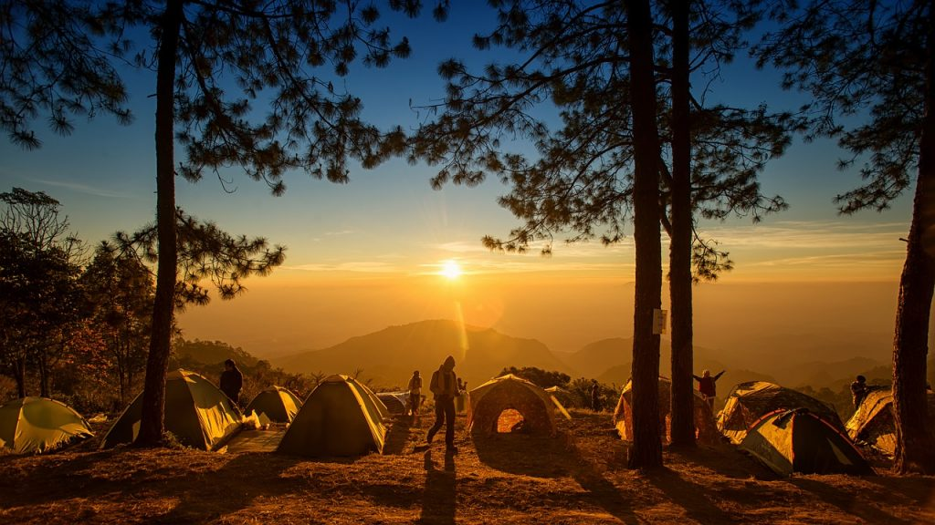 10 Best Camping Fans - Review & Guide