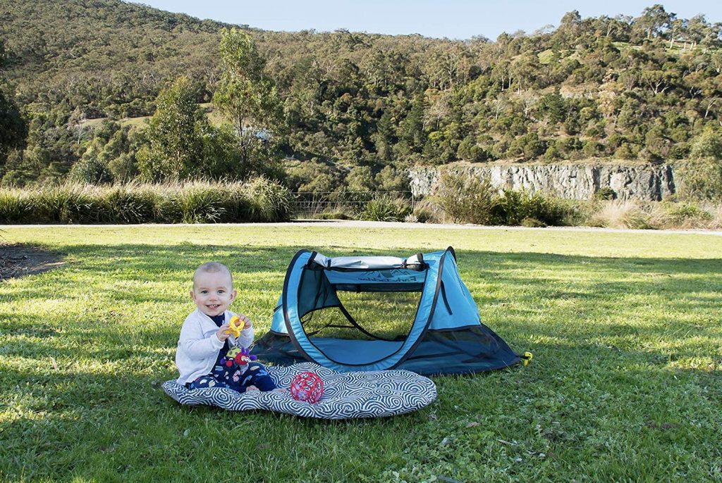 EarlyTackler Bunji 209 Portable Beach Pop Up Tent for Babies UPF 50+ Lightweight Outdoor Travel Bed with Sleeping Pad and Blanket