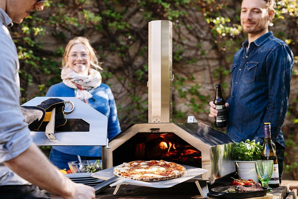 Portable Outdoor Pizza Ovens - Review & Buyer's Guide