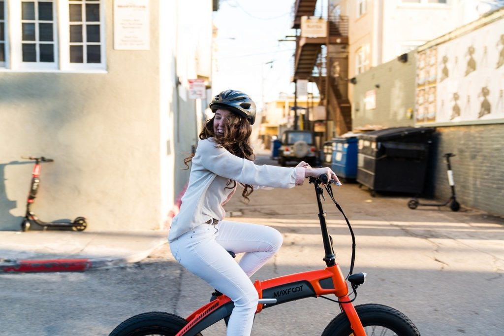 A Complete Review of 10 Folding Electric Bikes